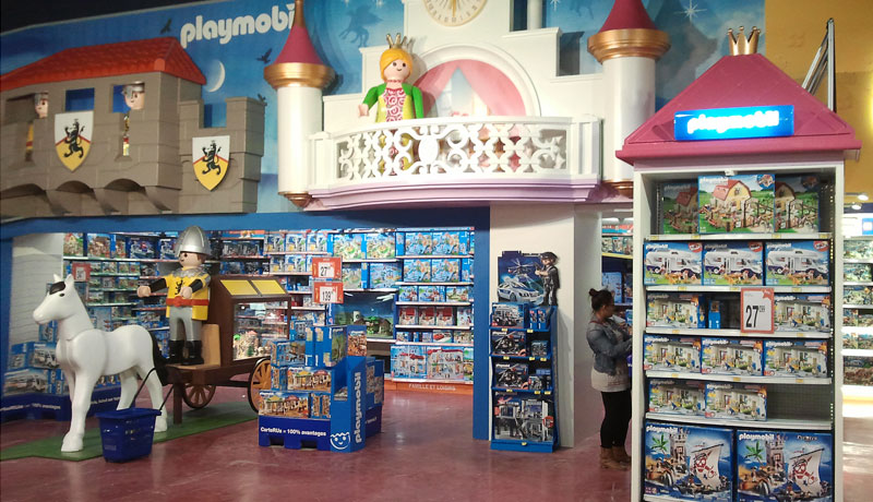 12-Display-Playmobil.jpg